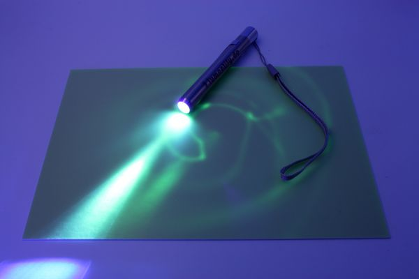 Leuchtmalset mit 1x A4 Leuchtplatte und Lampe für Lichtmalerei